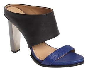 BCBGMAXAZRIA black/cobalt blue Sandals