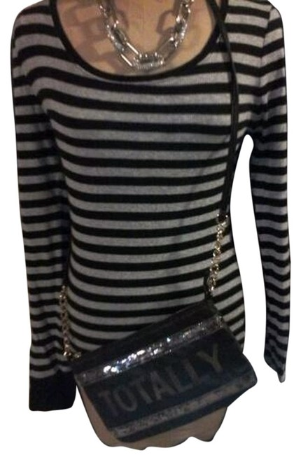 Preload https://item4.tradesy.com/images/black-and-grey-blouse-size-12-l-4476073-0-0.jpg?width=400&height=650