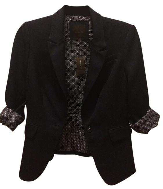 Preload https://item2.tradesy.com/images/the-limited-navy-blue-textured-one-button-blazer-size-2-xs-4477186-0-0.jpg?width=400&height=650