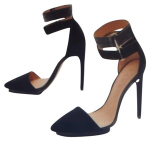 L.A.M.B. Black Pumps