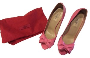 Valentino Patent Leather Bow pink Pumps