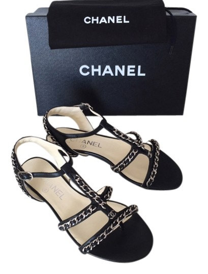 Preload https://item2.tradesy.com/images/chanel-black-2015-leather-silver-chain-gladiator-sandals-365-flats-size-us-65-regular-m-b-4478596-0-0.jpg?width=440&height=440