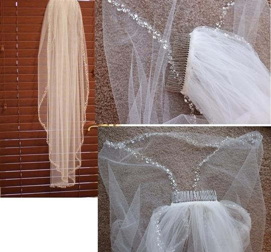 Ivory Medium Fingertip Crystal Edged Bridal Veil