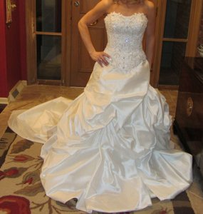 Demetrios 2840t Wedding Dress