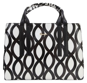 Sapsucker Satchel in Black/ White