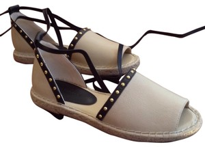 Banana Republic Crema/Black Sandals