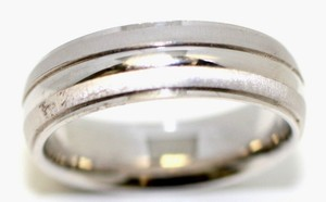 Bandolino White Gold 6.5mm Men's Wedding Band
