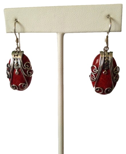 Preload https://item2.tradesy.com/images/redsilver-coral-earrings-4503526-0-0.jpg?width=440&height=440