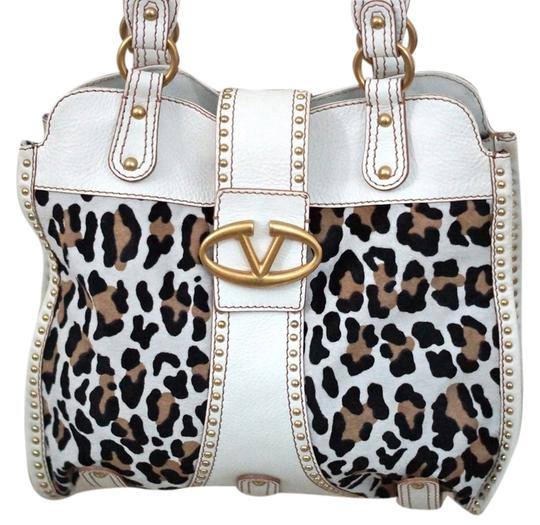 Preload https://item5.tradesy.com/images/valentino-leopard-v-logo-gold-purse-handbag-white-browns-leather-shoulder-bag-4504699-0-0.jpg?width=440&height=440