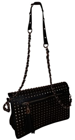 Preload https://item5.tradesy.com/images/black-leather-cross-body-bag-4505629-0-0.jpg?width=440&height=440