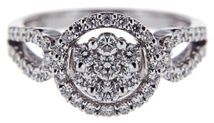 BRAND NEW Women's 18k White Gold Diamond Right Hand Ring