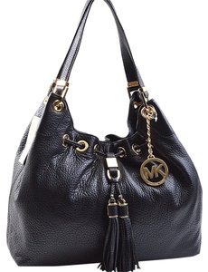 341a8bf8d6c6 Michael Kors Large Totes - Up to 90% off at Tradesy