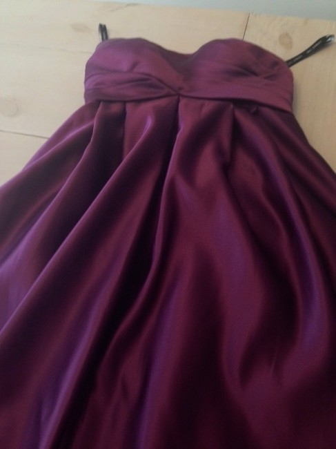 Item - Eggplant Traditional Bridesmaid/Mob Dress Size 6 (S)