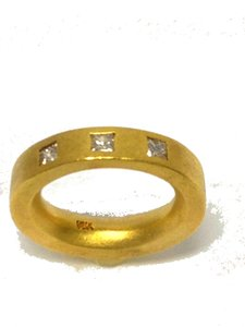 Yellow Thick Tree Stone Diamond Flat Ring