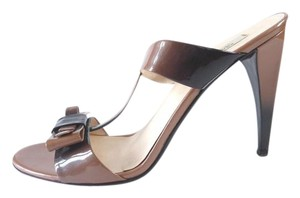 Prada Ombre Patent Patent Leather Bow Detail Brown Pumps
