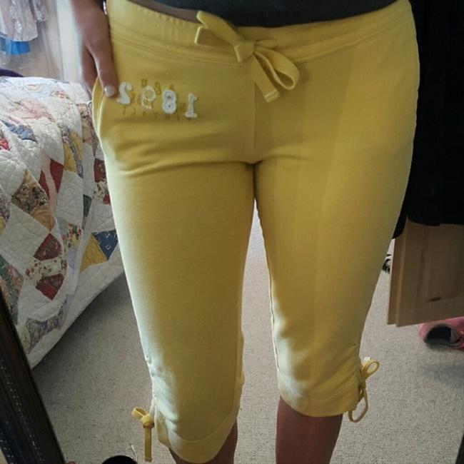 Abercrombie & Fitch Lounge Sporty Casual Capris yellow