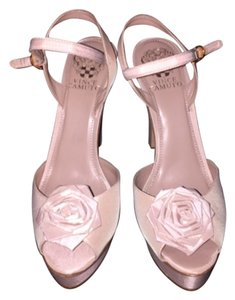 Vince Camuto Pale pink Platforms