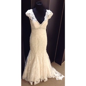 Allure Bridals C207 Wedding Dress