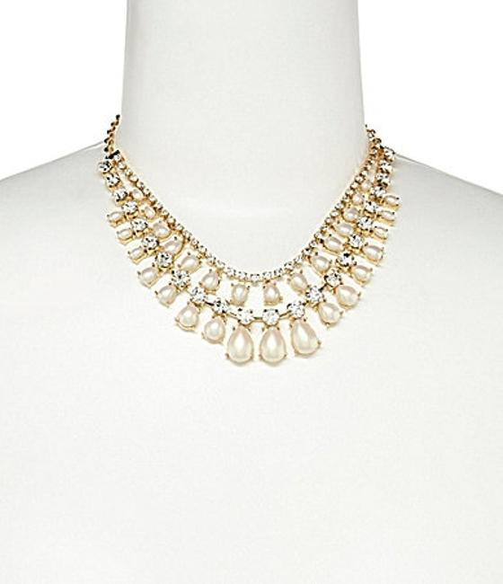 Item - Gold Crystal Pearl 60% Off Seaview Necklace
