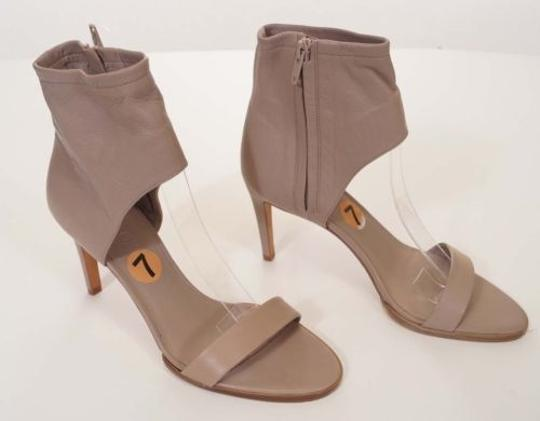 Preload https://item2.tradesy.com/images/vince-annalie-womens-taupe-leather-ankle-cuff-sandals-heels-shoes-italy-4520296-0-0.jpg?width=440&height=440