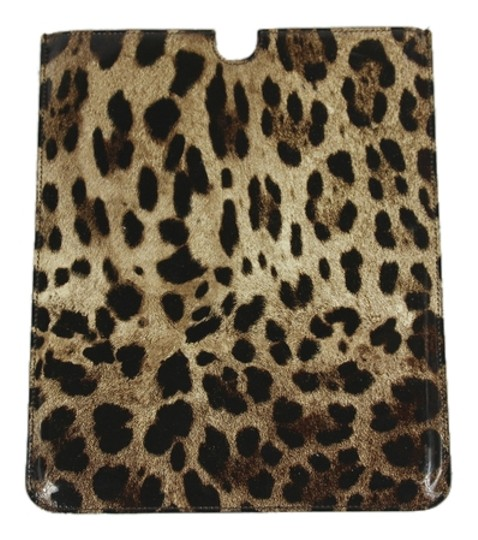 Preload https://item1.tradesy.com/images/dolce-and-gabbana-black-dolce-and-gabbana-ipad-leopard-print-leather-sleeve-tech-accessory-4521190-0-5.jpg?width=440&height=440