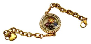 New Floating Locket Charm Bracelet Gold Tone 5 Charms J1088