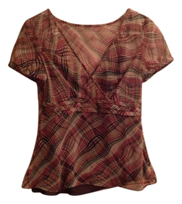 Preload https://item2.tradesy.com/images/ann-taylor-loft-night-out-top-size-4-s-4521916-0-0.jpg?width=400&height=650