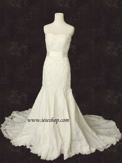 Strapless ivory lace fit n flare mermaid wedding g wedding for Fit n flare lace wedding dress