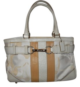 Coach Leather Tote in beige & tan