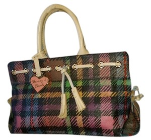 Dooney & Bourke Satchel in plaid