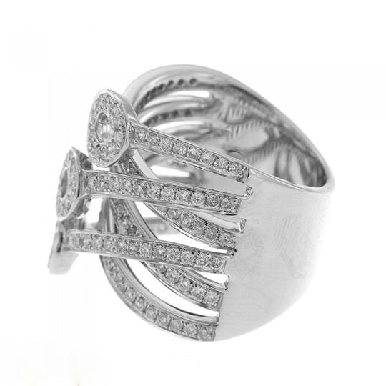 Other BRAND NEW, 18K White Gold Ring with White Diamonds and Open Circles