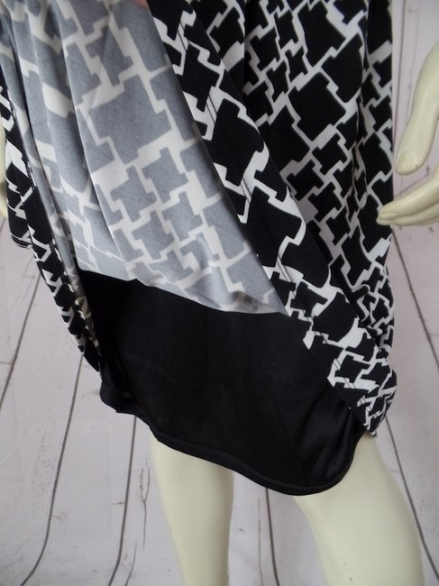 White House | Black Market short dress Black & White Geometric Size 8 Pullover 3/4 Sleeves Stretch Knit Lined New With Tags & V-ne Faux Wrap Empire Waist on Tradesy
