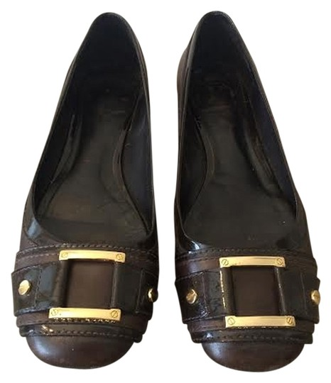 Preload https://item5.tradesy.com/images/tory-burch-brown-flats-size-us-8-4547059-0-0.jpg?width=440&height=440