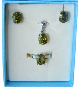 AUGUST BIRTHDAYS!!!!! OVAL RING, PENDANT & EARRING SET - PERIDOT COLOR