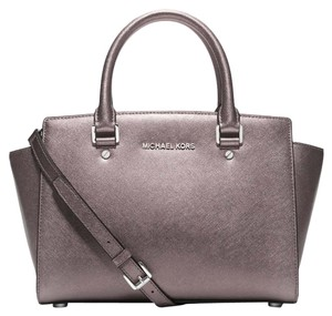Michael Kors Satchel in Nickel/Silver