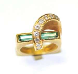 Fashion Green Tourmaline Diamond Ring