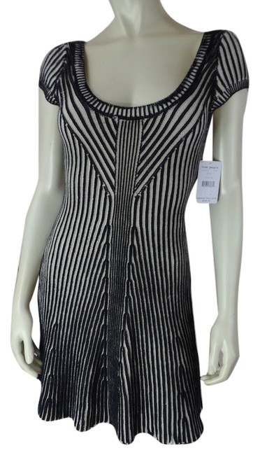 Preload https://item2.tradesy.com/images/free-people-new-with-tags-pullover-cotton-dress-black-and-beige-4548061-0-0.jpg?width=400&height=650