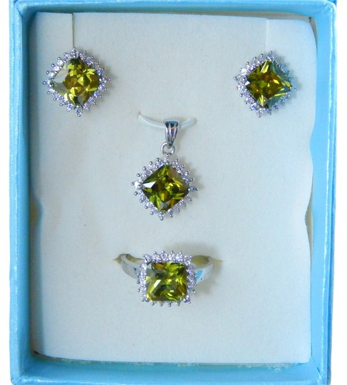 Other AUGUST BIRTHDAYS!!!!! CUSHION RING, PENDANT & EARRING SMALL SET w/CZs AROUND - PERIDOT COLOR