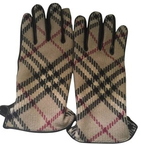 Burberry Gloves 8.5 Burberry Gloves