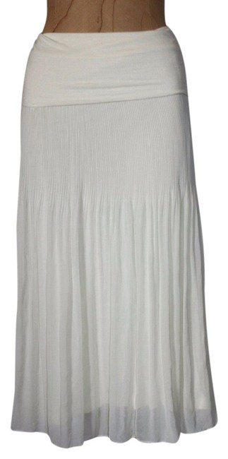 Preload https://item1.tradesy.com/images/anthropologie-ivory-willow-and-clay-pleated-fold-waist-knee-length-skirt-size-6-s-28-4549990-0-0.jpg?width=400&height=650