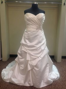 Casablanca A046 Wedding Dress