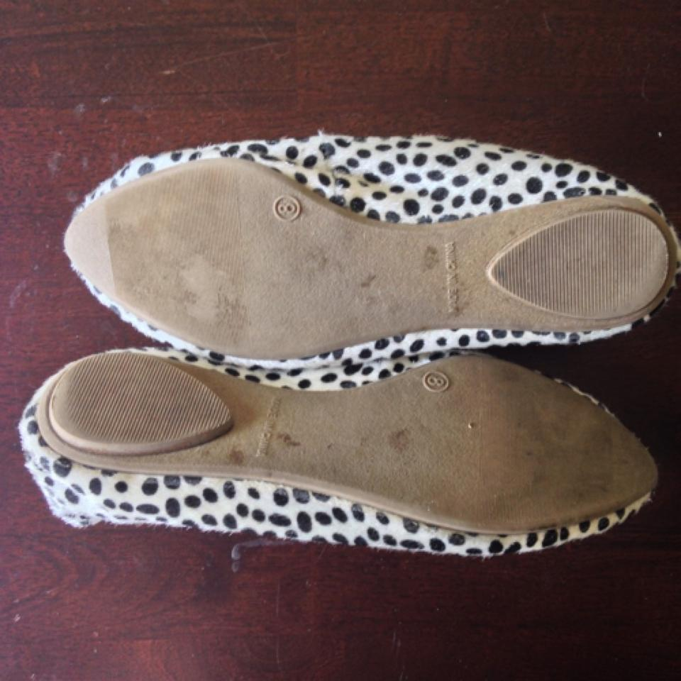 43bbd2258 Old Navy Animal Print Faux Fur Pointed Toe Flats Size US 8 Regular ...