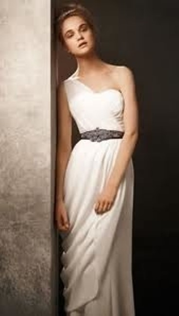 Item - Ivory Silk One Shoulder Gown with Asymmetrically Draped Skirt Feminine Wedding Dress Size 2 (XS)