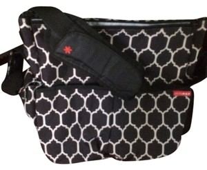 Skip Hop Onyx Tile Pattern Diaper Bag