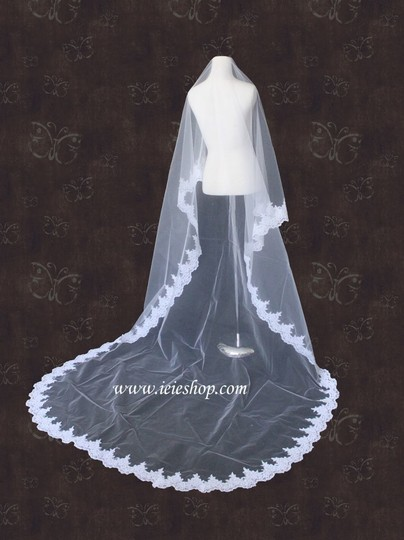 Ivory Long Cathedral Length Alencon Lace Edge Mantilla I Bridal Veil