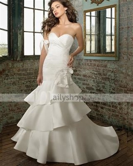 Preload https://item4.tradesy.com/images/white-satin-formal-wedding-dress-size-4-s-45548-0-0.jpg?width=440&height=440