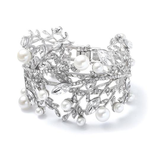 Preload https://item4.tradesy.com/images/silverrhodium-plate-dramatic-pearl-crystal-cuff-bracelet-45553-0-0.jpg?width=440&height=440