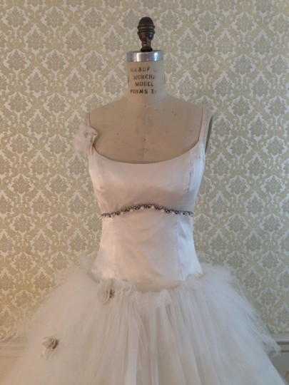 Monique Lhuillier Light Ivory Silk Satin Tulle Beaded High Low Layers Empire Butterflies Straps Feminine Dress Size 8 (M)