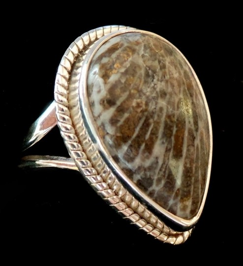 Other BLACK STINGRAY CORAL FROM ALASKA 925 STERLING SILVER RING SIZE 7