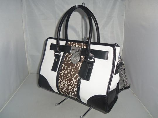Michael Kors Satchel in Black / White